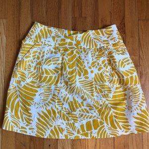 Loft yellow and  white pattern skirt.